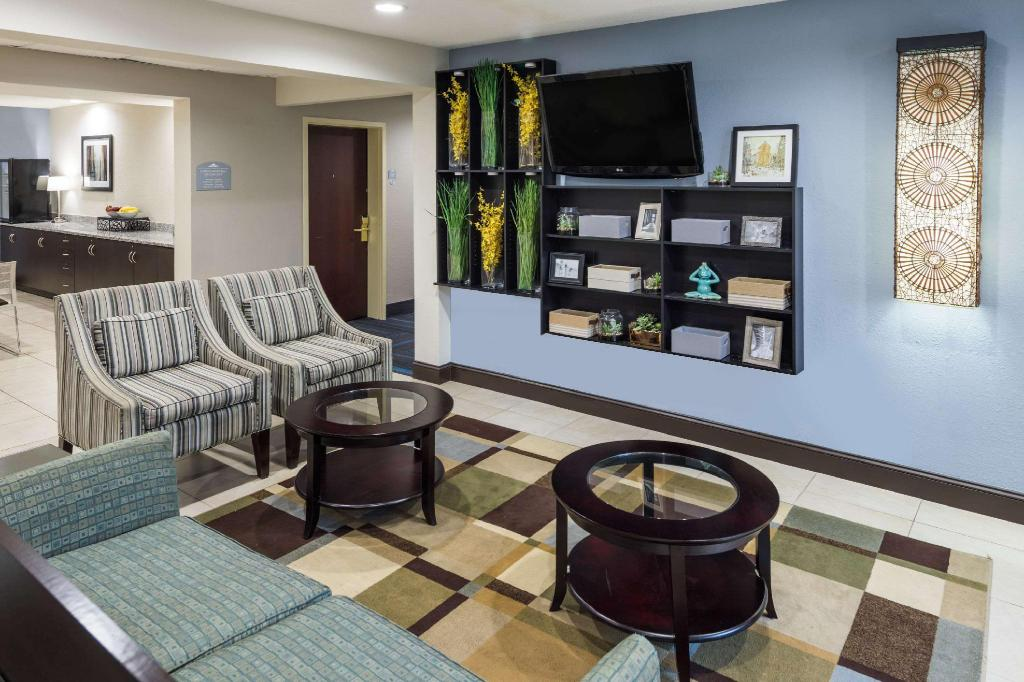 Lobby Microtel Inn & Suites Greenville by Wyndham