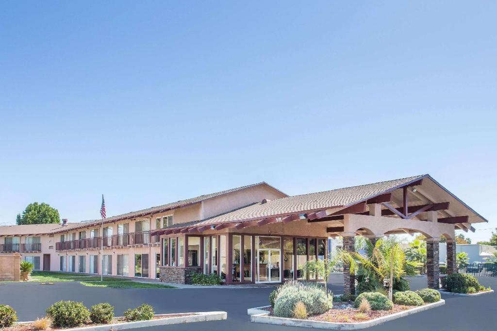 Days Inn by Wyndham Modesto