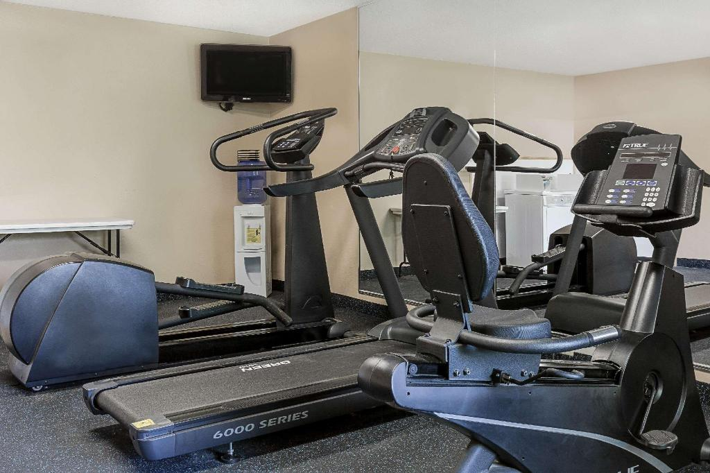 gym Days Inn by Wyndham Galleria-Birmingham