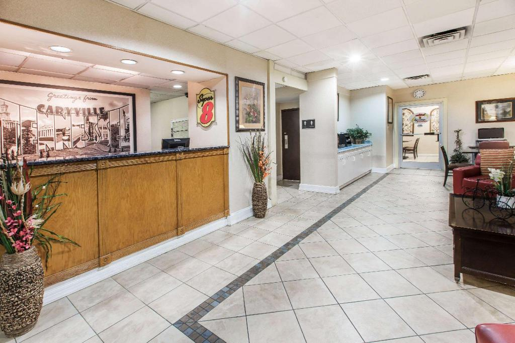 Lobby Super 8 By Wyndham Caryville Tn