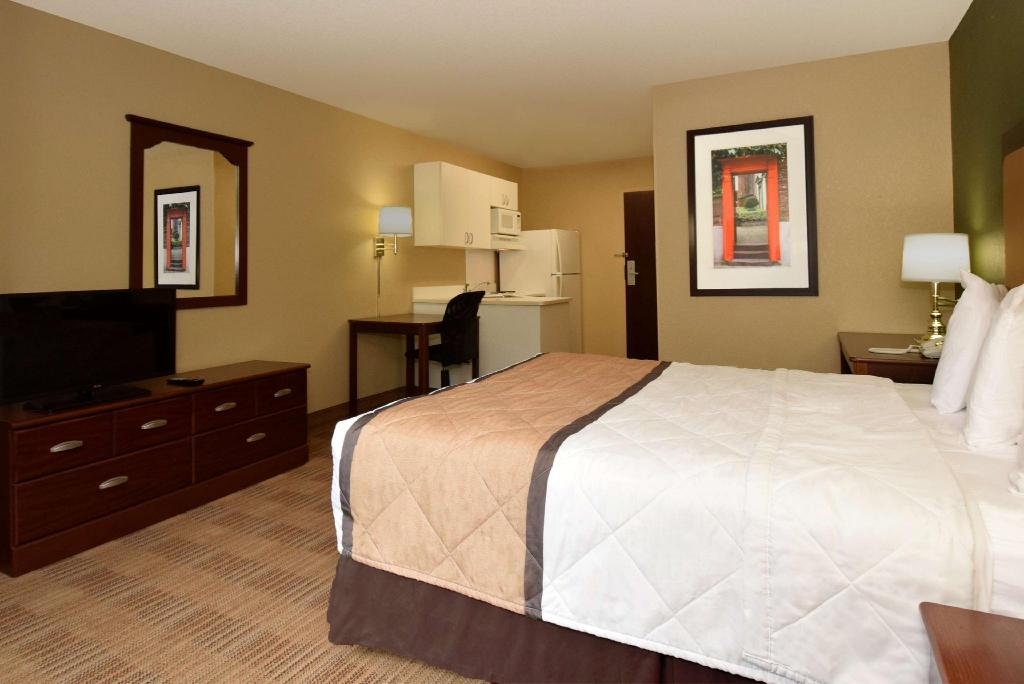 Studio Queen Accessible Non-Smoking - Guestroom Extended Stay America Pensacola University Mall