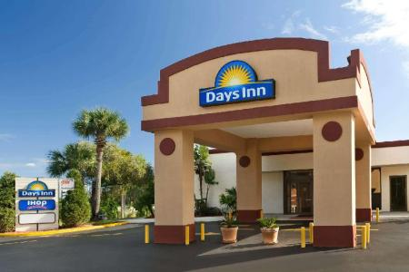 Exterior view Days Inn by Wyndham Orlando Conv. Center/International Dr