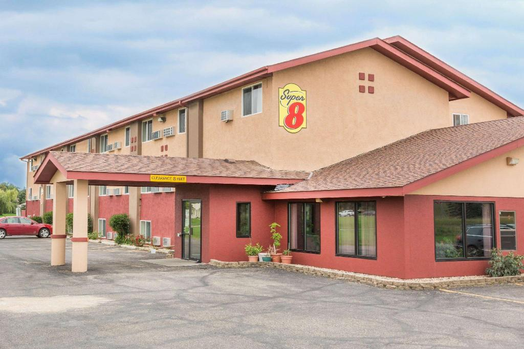 Super 8 By Wyndham Worthington Minnesota