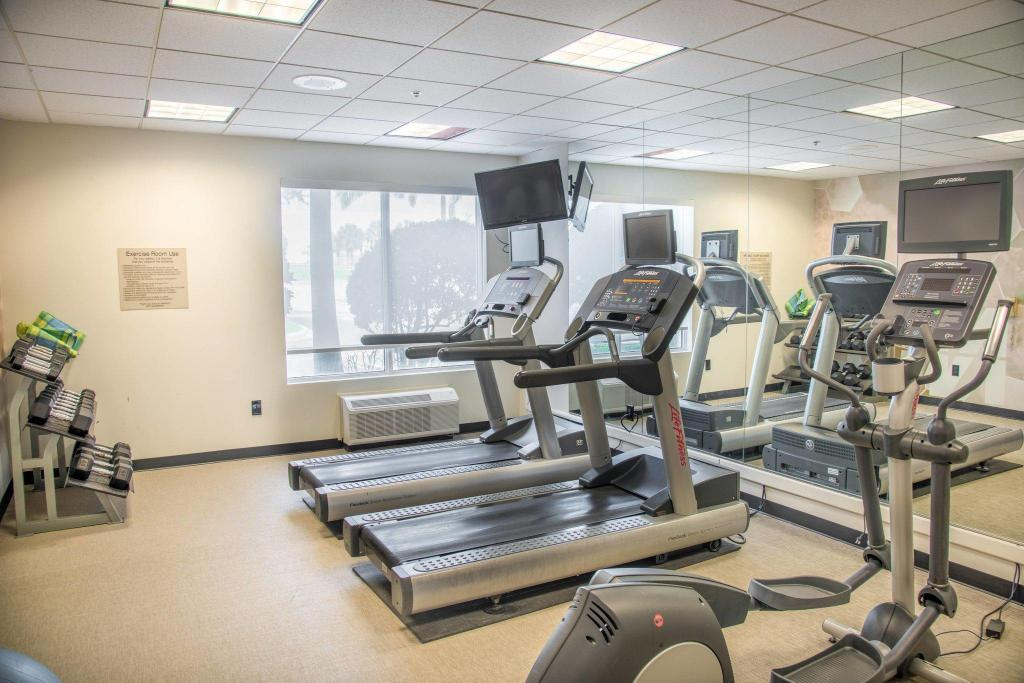 gym SpringHill Suites Miami Airport South