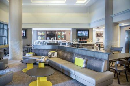 Coffee shop SpringHill Suites Miami Airport South
