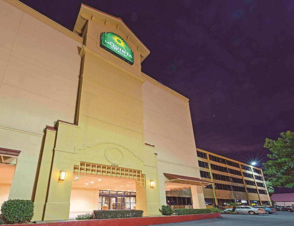 La Quinta Inn & Suites New Orleans Airport
