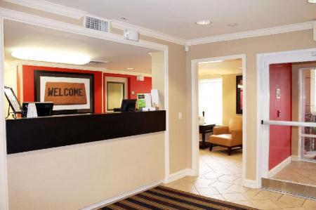 Lobby Extended Stay America Houston Galleria Uptown