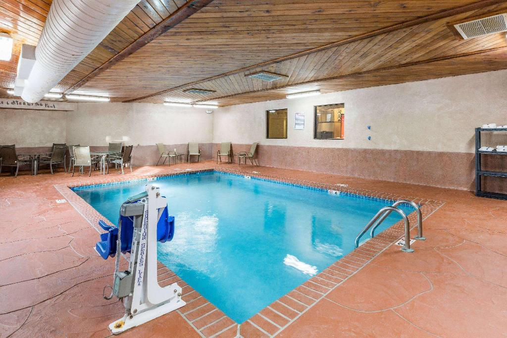 Piscina Super 8 By Wyndham Urbandale/Des Moines Area