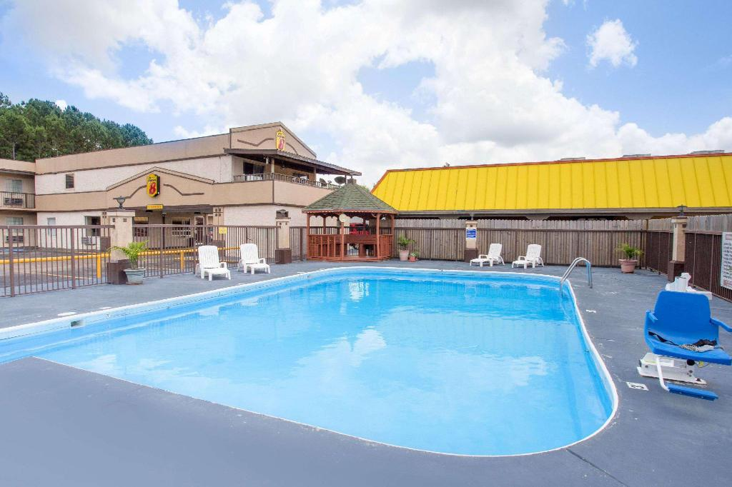 Piscina Super 8 By Wyndham Monticello Ar