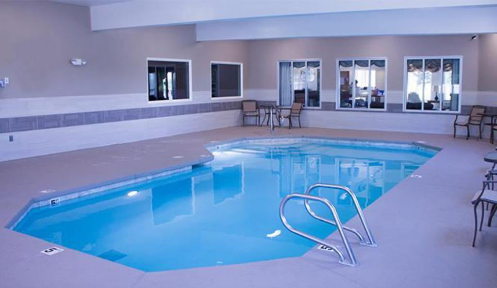 Pool Crystal Inn Hotel & Suites - Brigham City