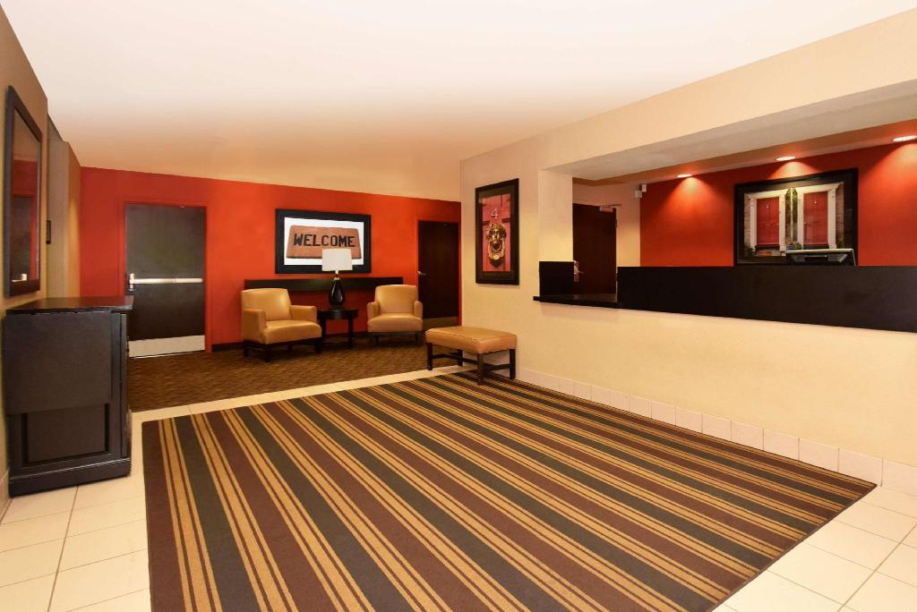 Lobby Extended Stay America Chicago Lansing