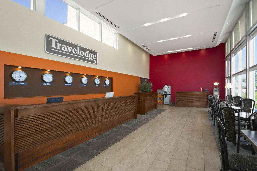 Lobby Travelodge by Wyndham Richmond Hill