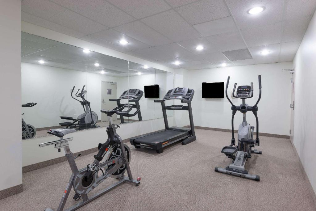 Centro de fitness Super 8 By Wyndham Downtown Toronto