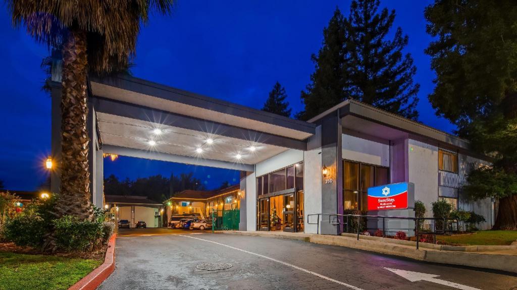 Surestay Plus Hotel By Best Western Sacramento North In Sacramento  Ca