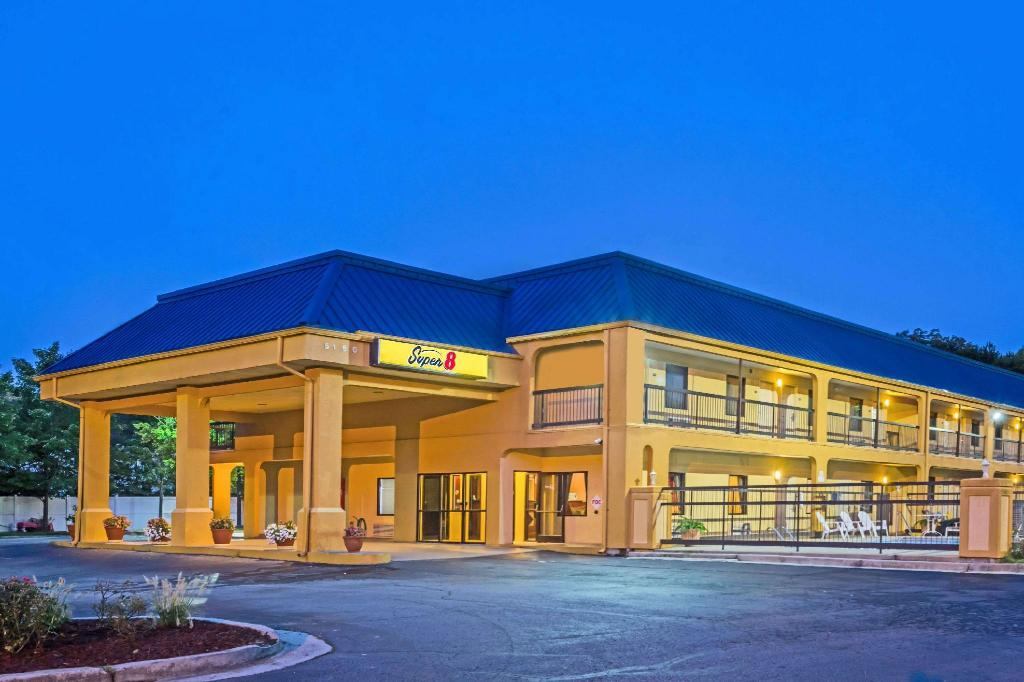 Super 8 By Wyndham Norcross/I-85 Atlanta