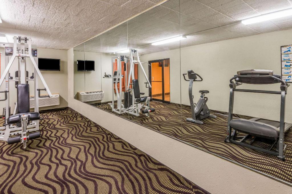Centro de fitness Super 8 By Wyndham Batavia E Of Darien Lake Theme Park