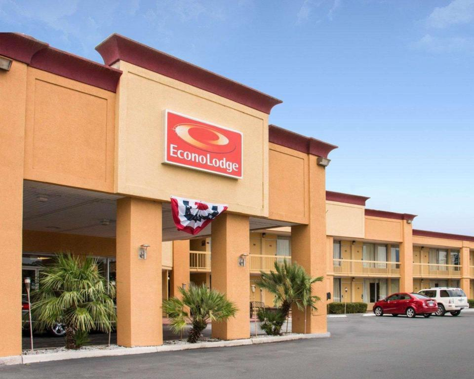 Econo Lodge Savannah South