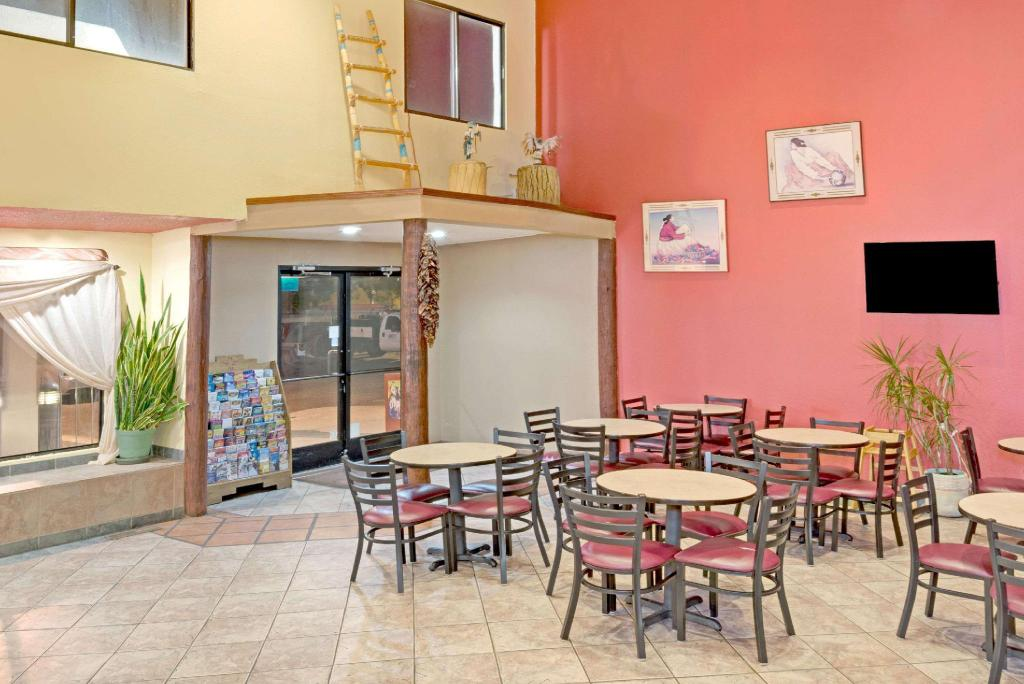 Coffee Shop/Café Super 8 By Wyndham Santa Fe