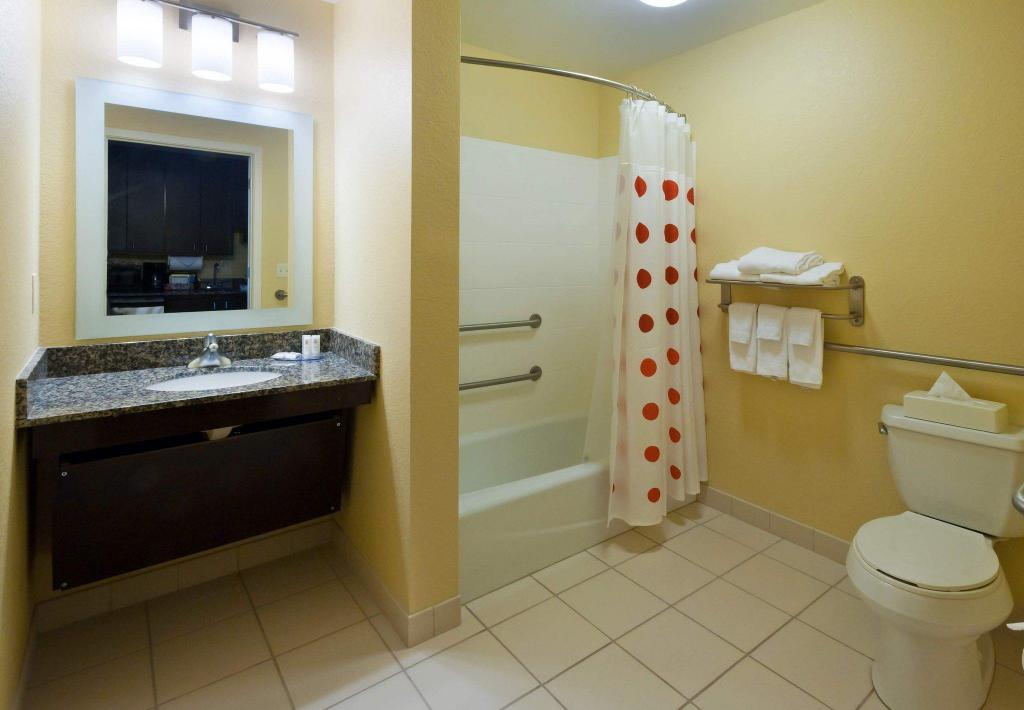 TownePlace Suites Panama City