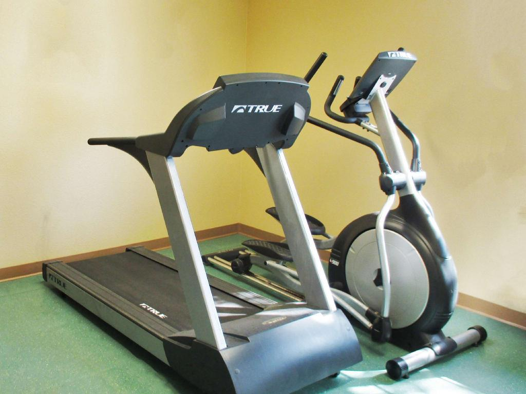 Fitness center Extended Stay America Chicago-Midway