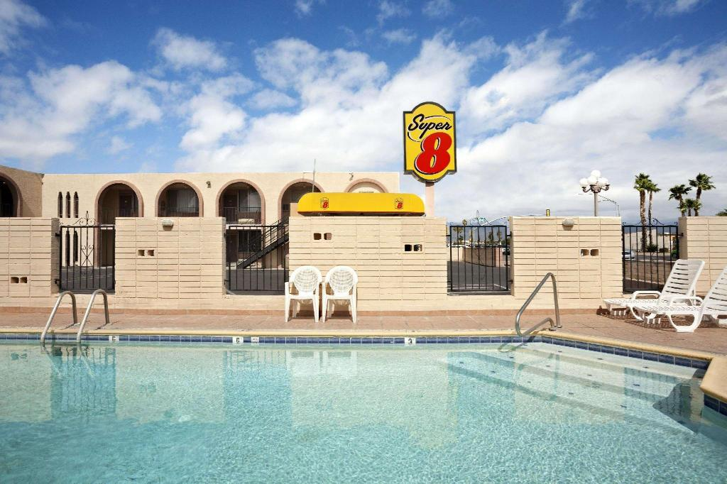 utomhuspool Super 8 By Wyndham Tucson/East/D.M.A.F. Area