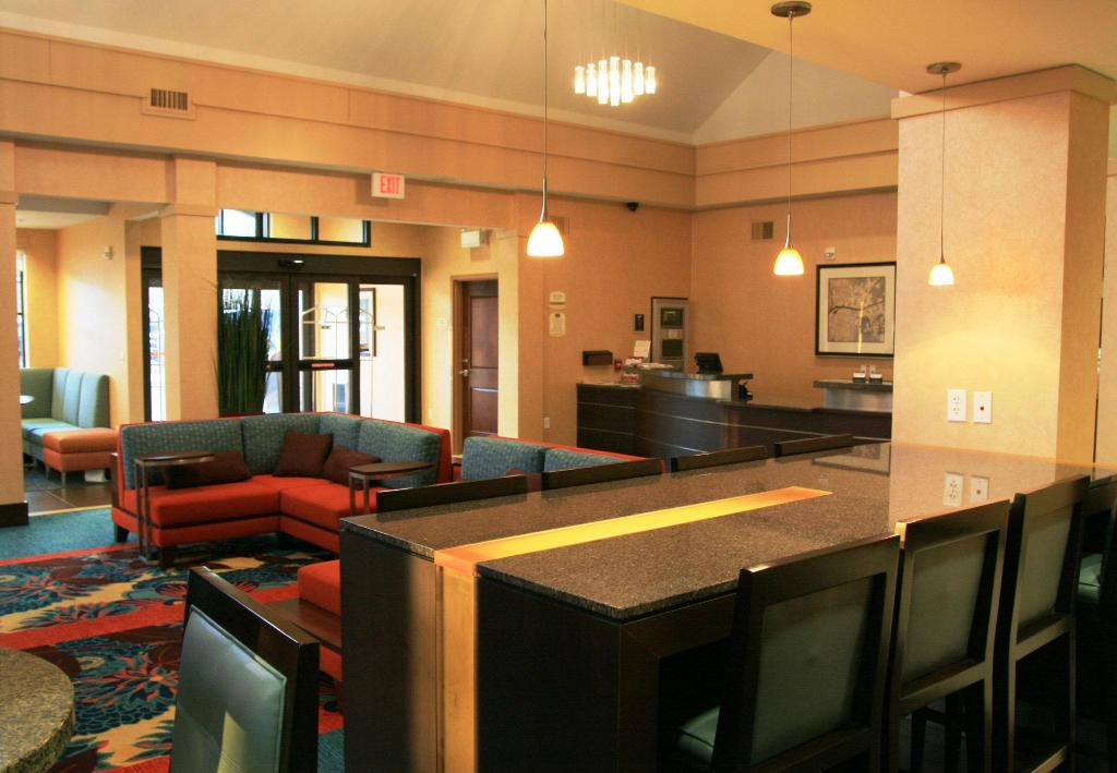 Lobby Residence Inn Lincoln South