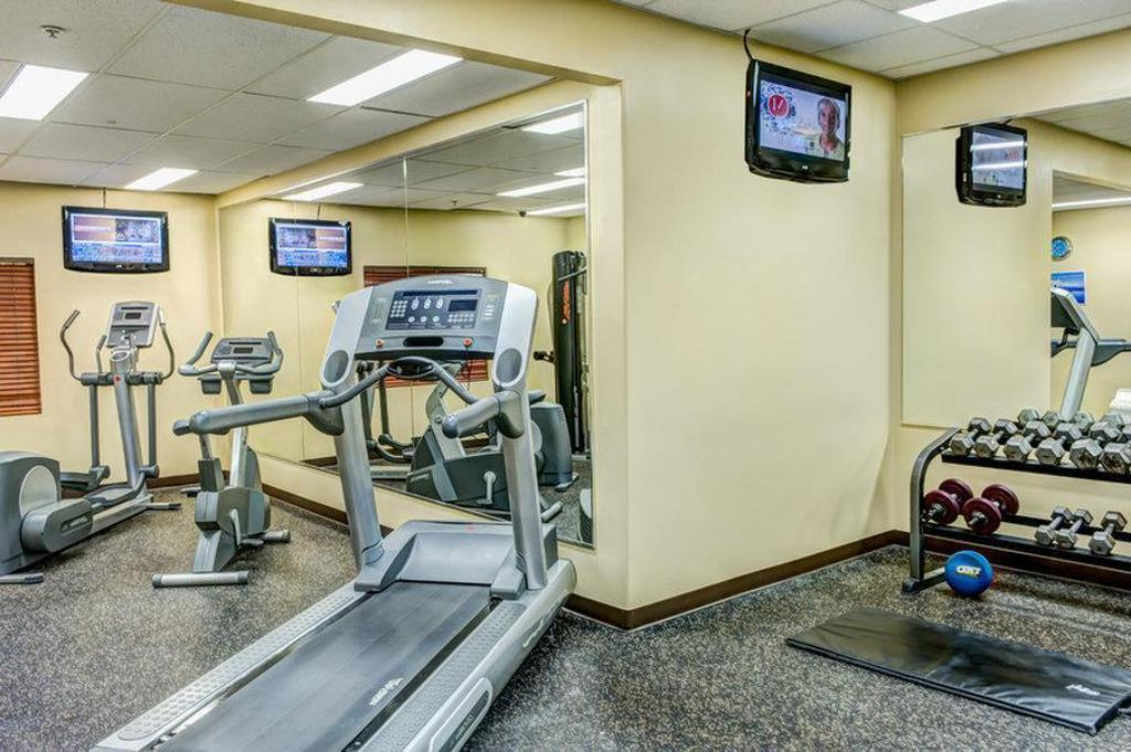 gym Clearwater Suite Hotel