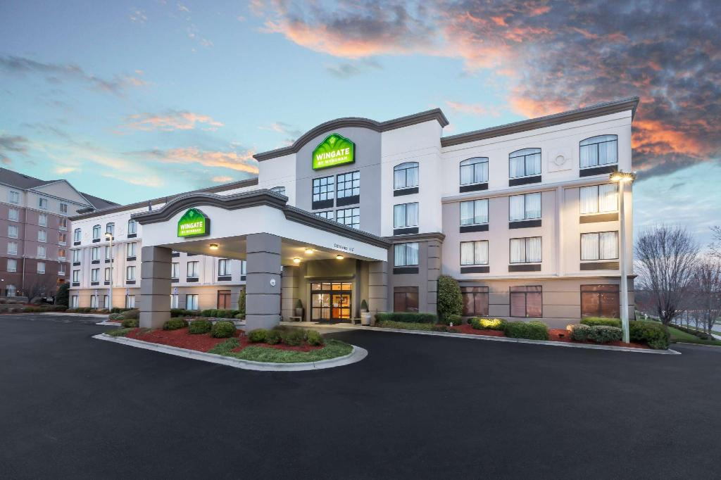 Wingate by Wyndham Charlotte Speedway/Concord