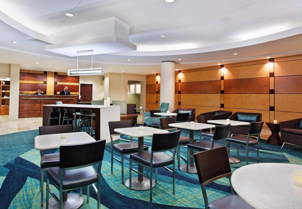 Lobi SpringHill Suites Knoxville at Turkey Creek