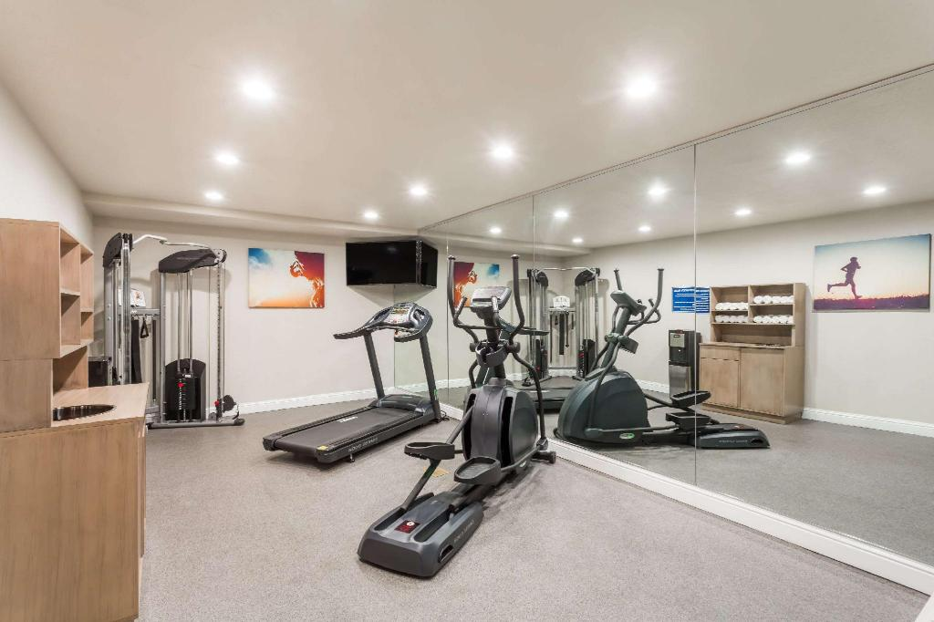 gym Days Inn by Wyndham Yosemite Area