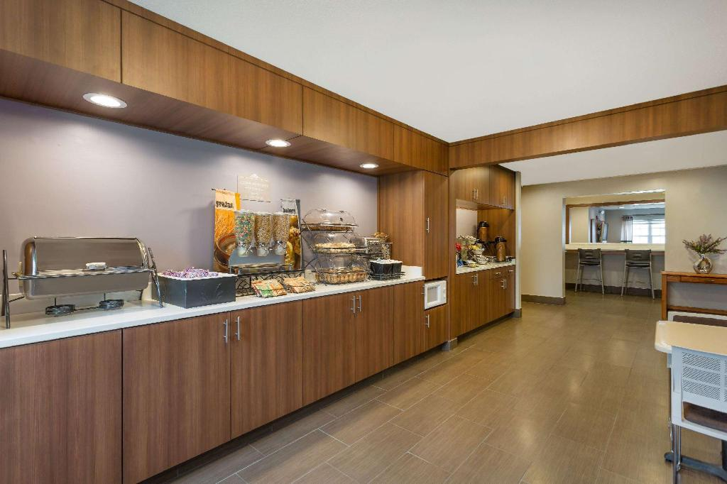 Kafe Microtel Inn & Suites by Wyndham Richmond Airport