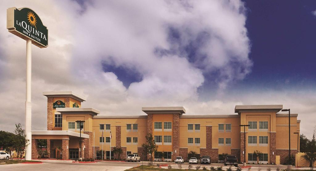 Mer om La Quinta Inn and Suites Beeville