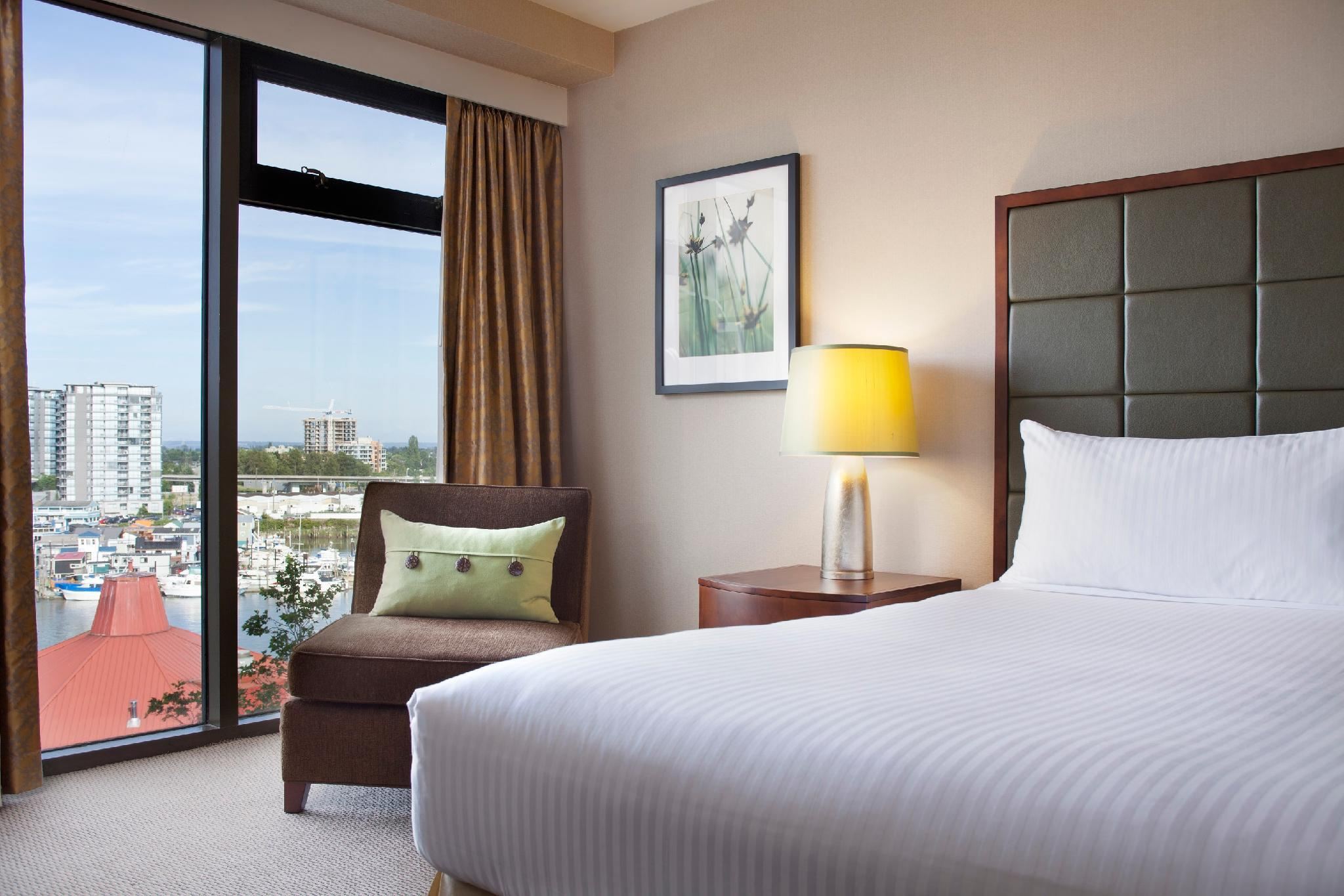 Kamar Deluxe King dengan Pemandangan Air (Deluxe King Room with Water View)