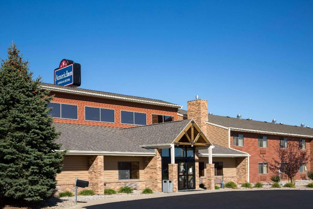 More about AmericInn by Wyndham Sioux City