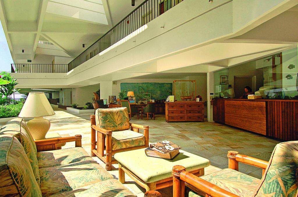 Lobby Royal Sea Cliff Kona by Outrigger