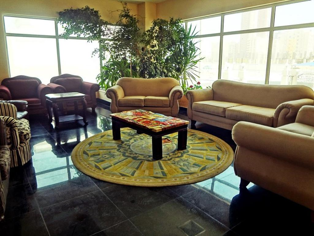 Lobby Blue Horizon Apartments