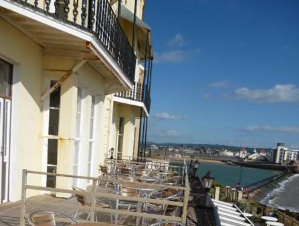Daunceys hotel in weston super mare room deals photos - Hotels weston super mare with swimming pool ...