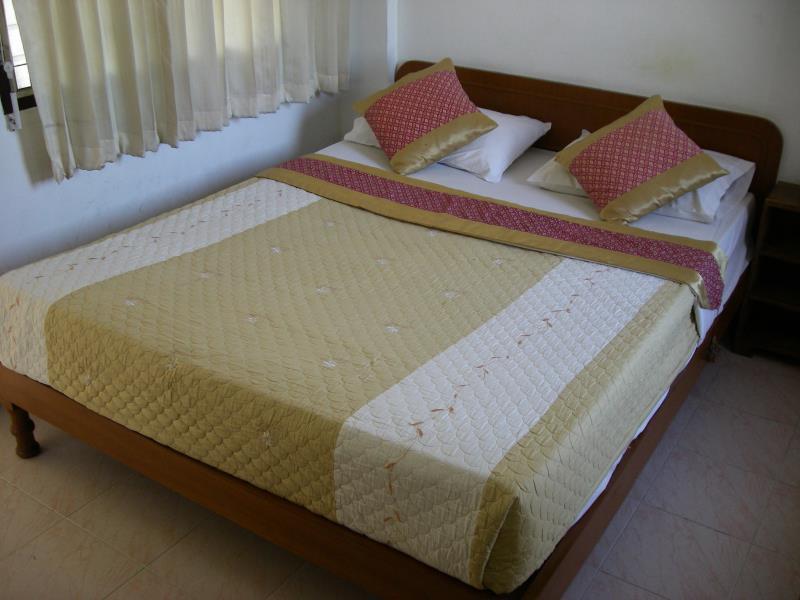 Apilapa hotel hostel ChiangMai Thailand