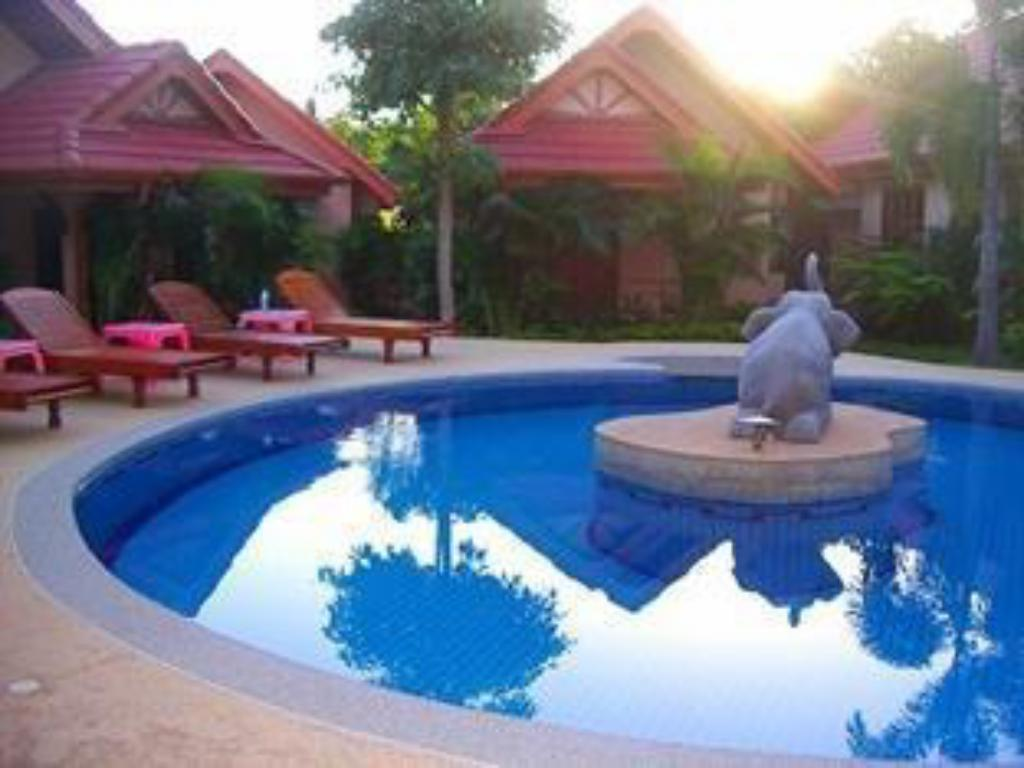 Happy Elephant Resort
