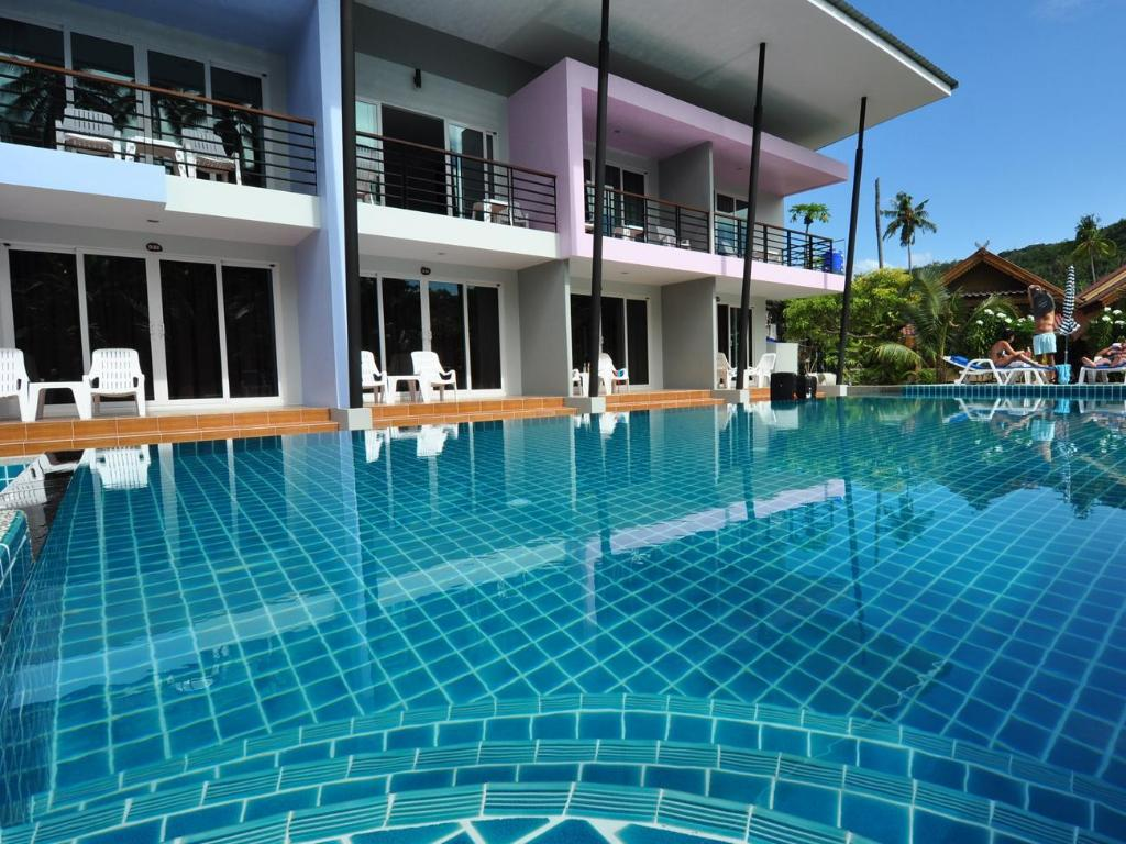 Swimming pool Phi Phi Anita Resort