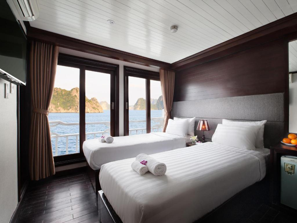 Premium Double or Twin Room - 3 Days 2 Nights Halong Aclass Stellar Cruise