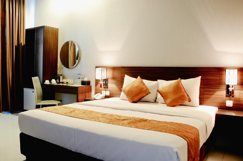 Pose In Hotel Yogyakarta in Indonesia - Room Deals, Photos & Reviews