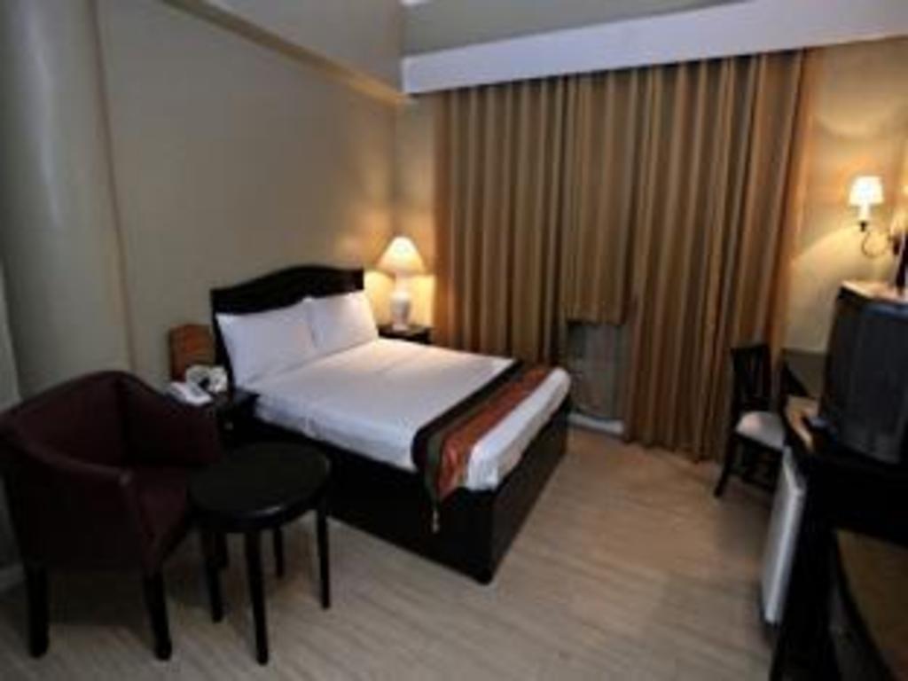 Eon Centennial Plaza Hotel, Iloilo, Philippines - Photos