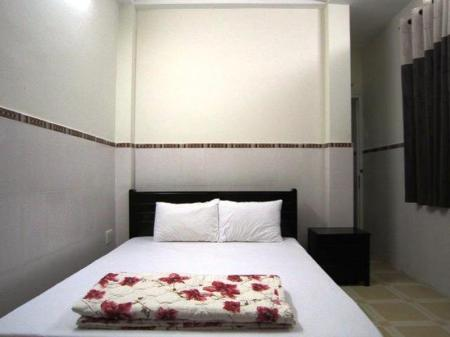 Double Room - Bedroom Thanh Hostel