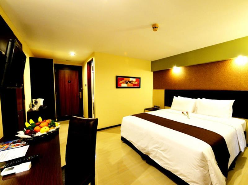 Kamar Suite Junior (Junior Suite Room)