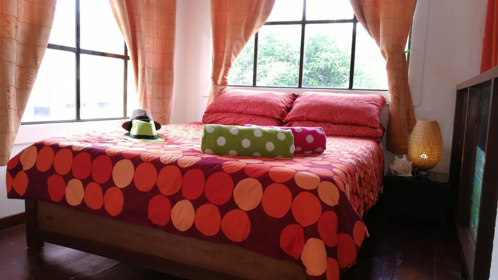 Bed Summer Breeze Luxury Holiday Villa Diniwid Boracay