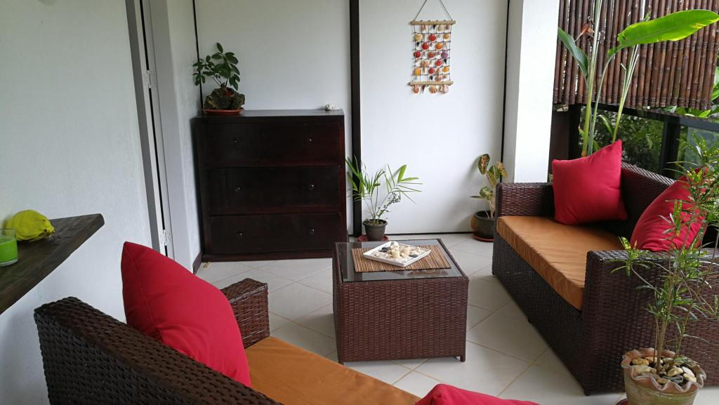 Guestroom Summer Breeze Luxury Holiday Villa Diniwid Boracay