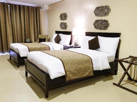 Studio Double Room Crosswinds Resort Suites