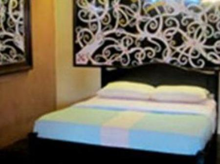 Single Asian Hotel Kuching