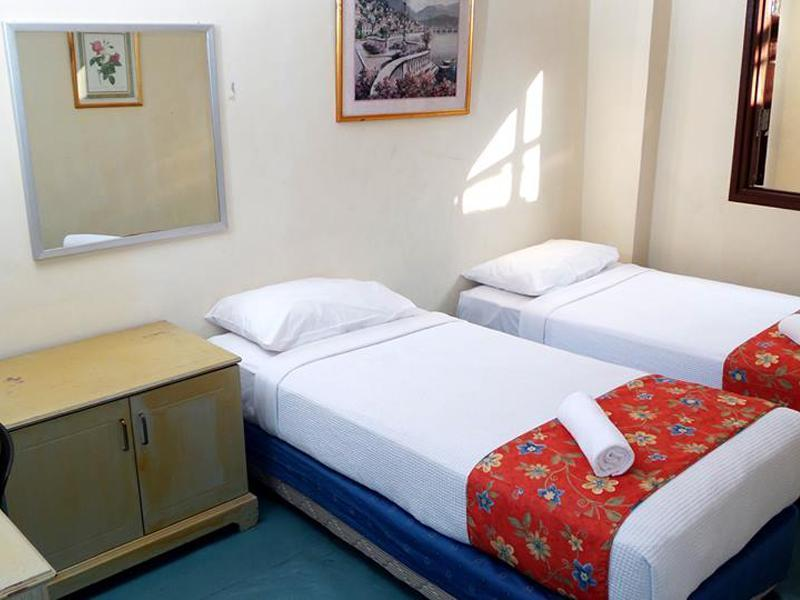 Twin Sharing Bed with Attached Bathroom
